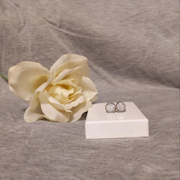 Silver and white stud earrings